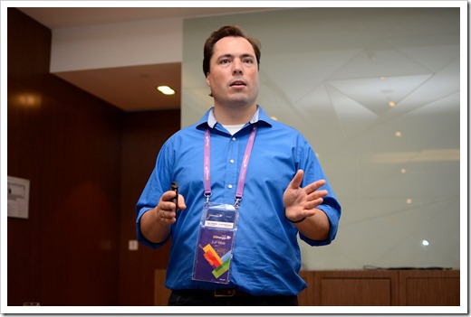Presenting at Sinergija 2014 (photo by event organization)